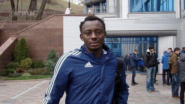 Динамо К просматривает ивуарийского защитника
