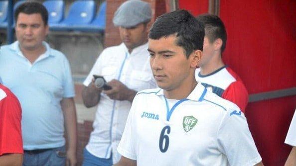 Зенит заинтересовался 18-летним узбекским полузащитником