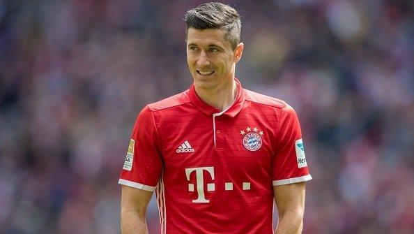 Роналду хочет, чтобы Левандовски перешел в Реал