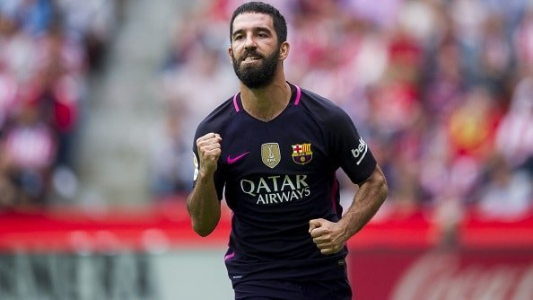 Барселона начала искать замену Турану