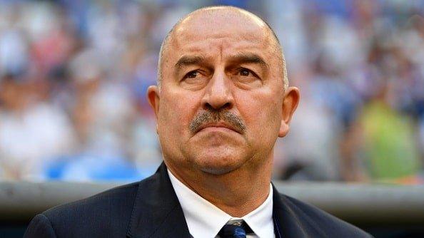 Черчесов награждён премией за вклад в развитие футбола