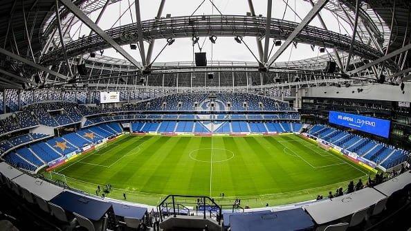 На стадион Динамо можно попасть бесплатно, сдав мусор на переработку