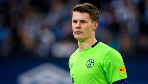 Вратарь «Шальке» Нюбель может бесплатно перейти в «Баварию»