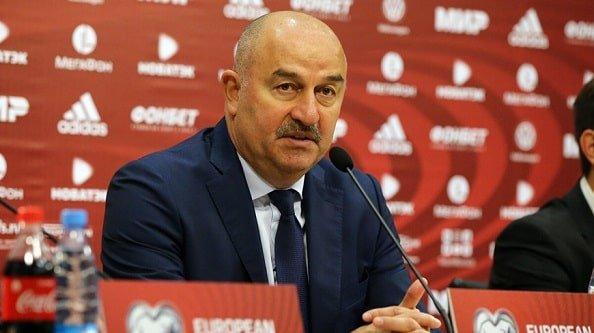 РФС предложил Черчесову новый контракт